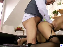 old euro chap gives anal to younger blonde bitch