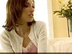 xtremly hawt girlzmature woman licks daughter