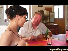 erotic brunette sucking papy and his ally cock