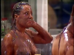 big brother nl hawt gals chocolate custard