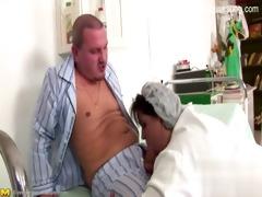 nude daughter ballslicking