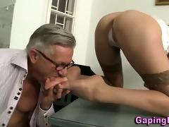large ass honey sucks cock