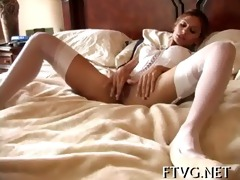 sexual hottie shows body